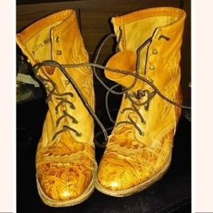 Vtg Larry Mahan Leather Fancy Stitched Roper Boots